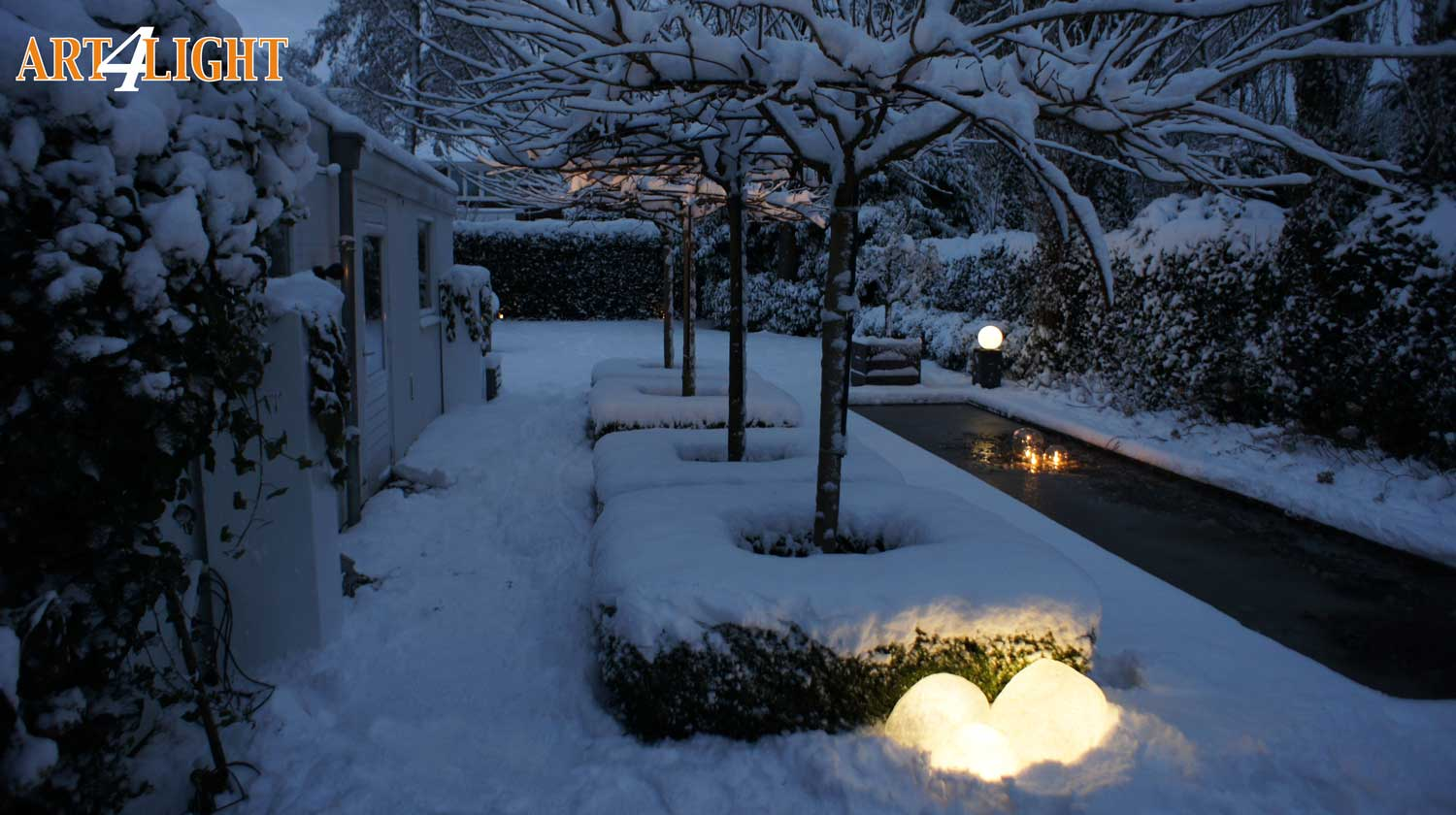 garden lighting in snow
